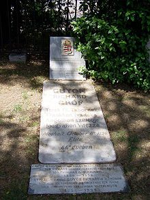 Grave of Richard Guyon at the Haydarpaşa Cemetery in Istanbul, Turkey